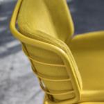 Skin stool 083 particular