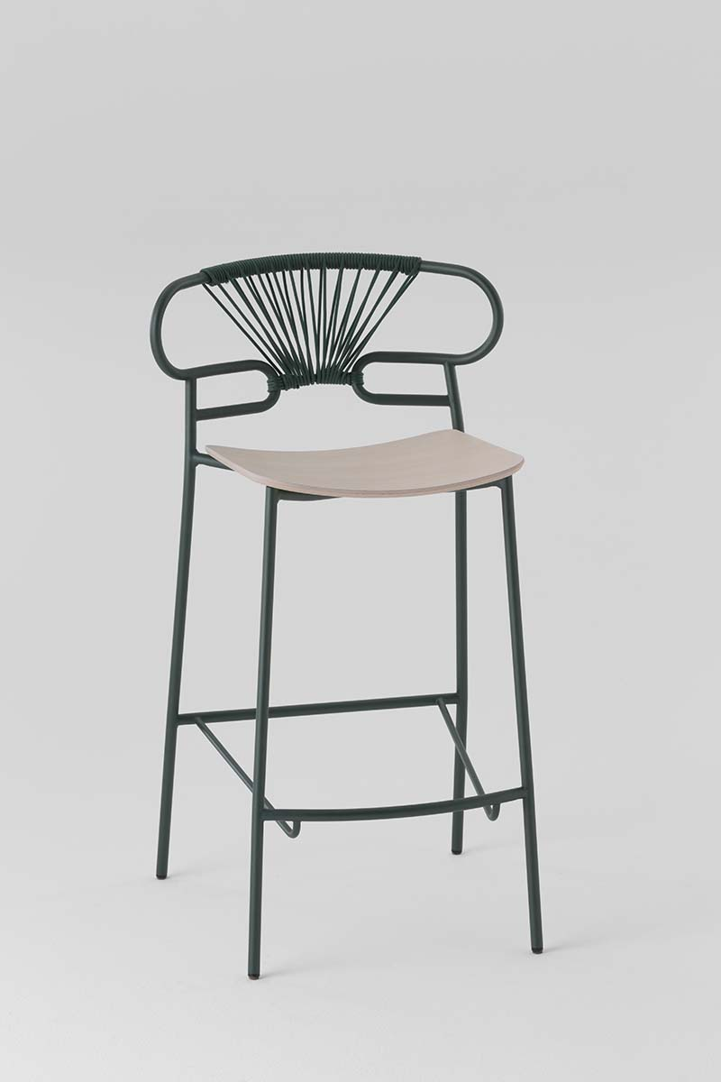 stool 0049-met-cross